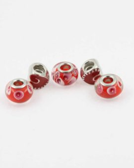 European style red pack. Sold per pack of 5 beads