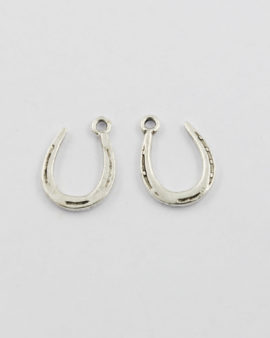charm horseshoe antique silver