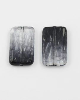 resin bead rectangle shape black