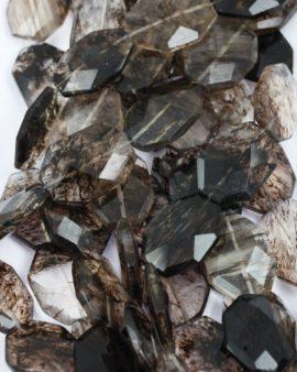 chuncky faceted glass bead black rutilated