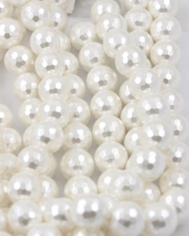 faceted shell pearls white