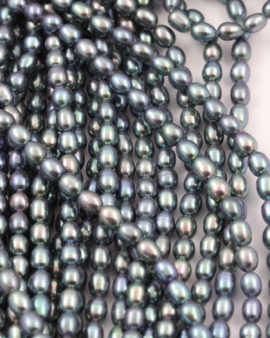 Freshwater rice pearls beads green