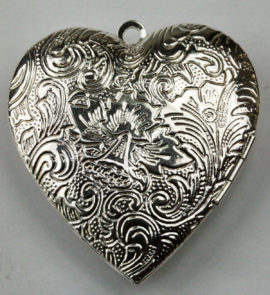 40 x 40 mm Locket pendant - Sold by the Piece