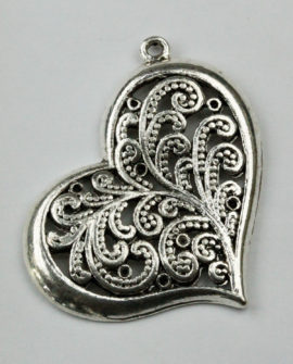 Fern Pattern Heart Pendant - Sold per pack of 10 pieces