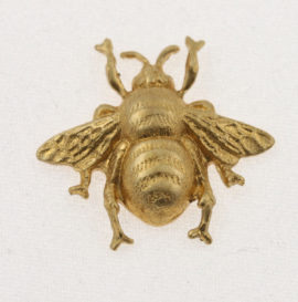 Metal component, brass bumblebee, 19 x 18 mm. Sold individually
