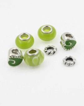 European style green pack. Sold per pack of 7 beads