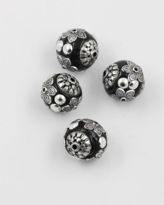 kashmiri bead black