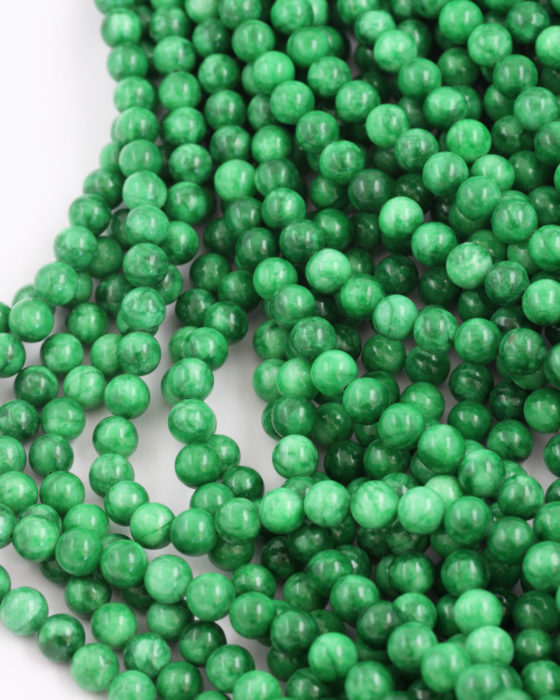 dyed jade 8mm emerald