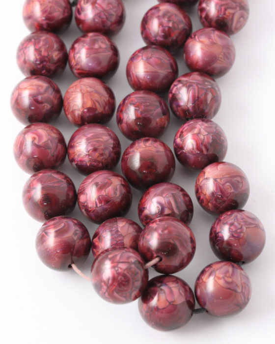Round resin beads 16mm Marroon