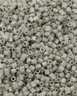 Tube Beads Matte Finish 1.5mm White Sand