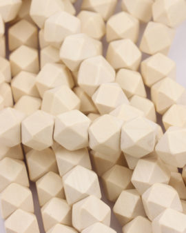 wooden cut out cube 1.5x1.5mm cream
