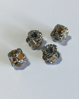 metal and rhinestones spacer
