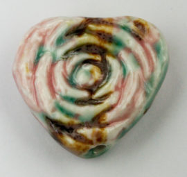 30 x 35 mm - Heart Shaped bead rose design