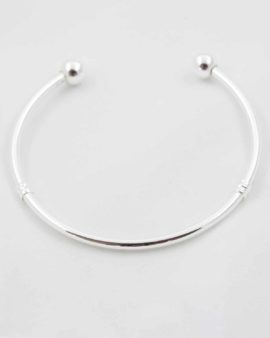 Pandora style bangle