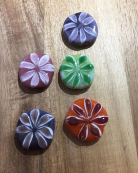 handmade glass beads 7 petals design