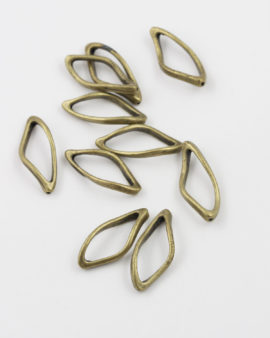Oval twisted ring 12x28mm antique brass