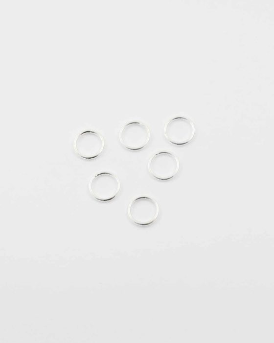 Sterling silver jump ring 8mm. Sold per pack of 20