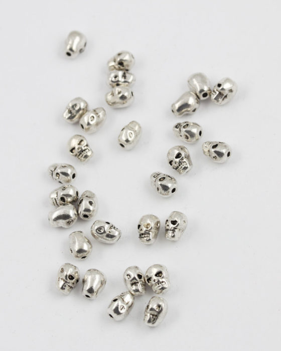 skull bead antique silver
