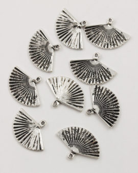 fan charm 25mm antique silver