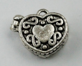 Heart box charm - Sold in packs of 10 pieces