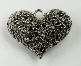 Hollow filigree heart pendant