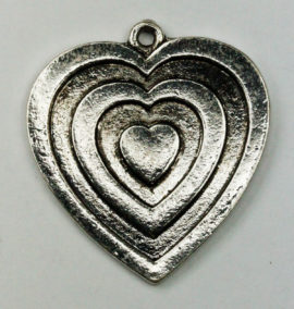 Flat Heart relief pendant - Sold per pack of 4