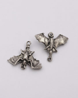 Bat charm with 2 rings